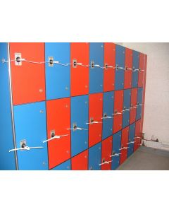 Solid grade laminate lockers