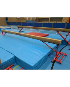"Competition training ladies balance beam - 770mm (2'6"") high"
